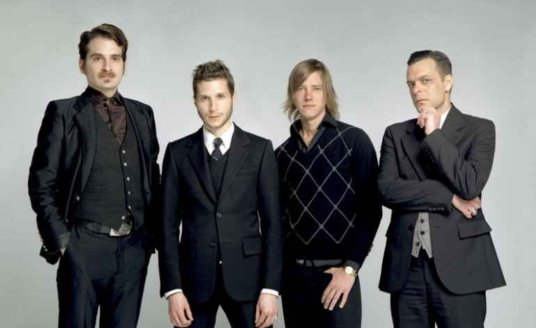 Interpol: Antics y la retrospectiva historia de Norman