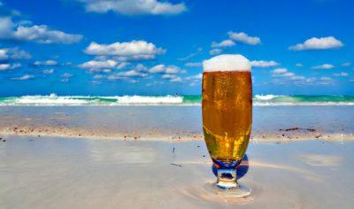 e978-cerveza-playa-verano