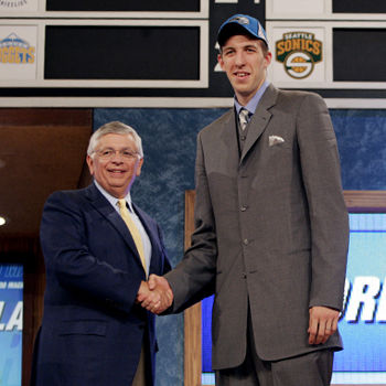 NEW YORK - JUNE 28: Fran Vazquez shakes hands with NBA Commissioner David Stern after being selected #11 overall by the Orlando Magic during the 2005 NBA Draft on June 28, 2005 at The Theater at Madison Sqaure Garden in New York City. NOTE TO USER: User expressly acknowledges and agrees that, by downloading and or using this photograph, User is consenting to the terms and conditions of the Getty Images License Agreement. Mandatory Copyright Notice: Copyright NBAE 2005 (Photo by Nathaniel S. Butler/NBAE via Getty Images)