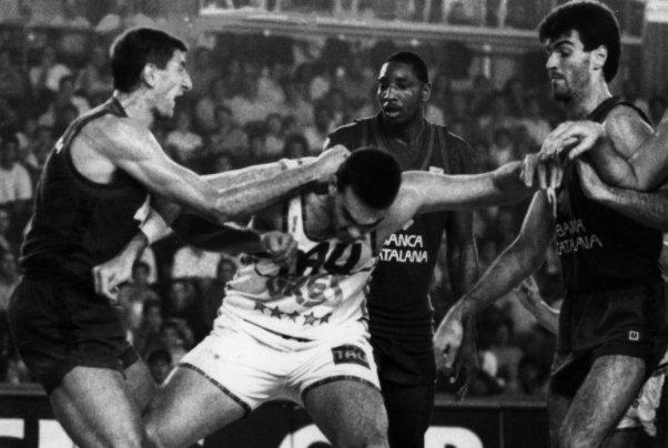 Actualidad Barsa.¿Por qué Larkin y Hanga?. Por Roberto González Rico.