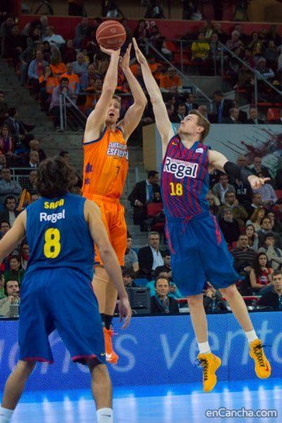 n_f_c_barcelona_fc_barcelona_regal_valencia_basket_final-5642578