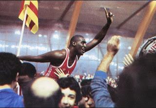 Nostálgicos. Kevin Magee. En el olimpo de los elegidos. Por Roberto González Rico.