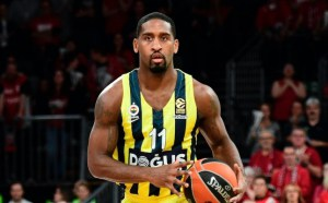 645x400-wanamaker-named-euroleague-mvp-for-round-19-1516650903178-1