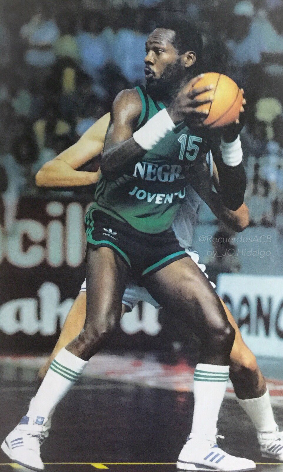 Nostálgicos.Mike Schultz. El ex Cougar MVP de las grandes muñequeras. Por Roberto González Rico.