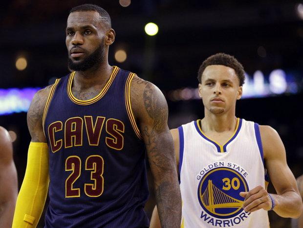 Finales NBA: Los Cavs vencen a los Warriors en el tercer partido