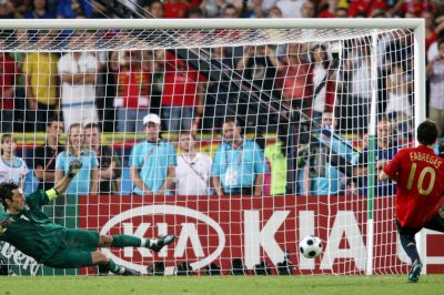 Cesc-penalti-Italia-Buffon