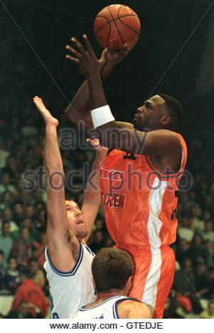 Turkish basketball player Rickie Winslow (R) from Ulker-Istanbul in action against Zadar player Aramis Naglic (L) during their European Legaue basketball game November 4. Ulker defeated Zadar 73-85. MB/CLH/