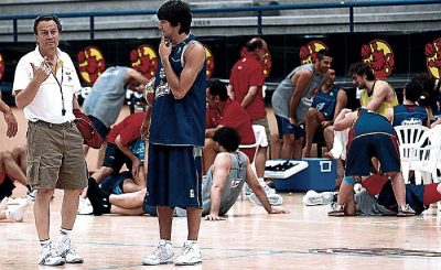 """13/08/07 BALONCESTO ENTRENAMIENTO SELECCION ESPA""""OLA ESPA""""A CONCENTRACION EN SAN FERNANDO AITO GARCIA RENESES RICKY RUBIO"""