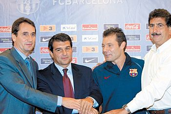 FC Barcelona Basket Siglo XXI. Temporada 2004-05 . Lo que mal empieza normalmente mal acaba. Por Roberto González Rico.